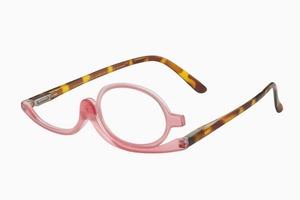 Вишлист: Очки, помогающие накраситься при близорукости