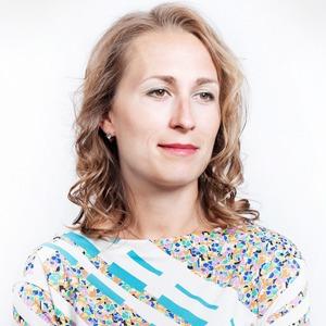 Глава агентства Grayling Евгения Скобелева  о любимой косметике