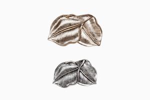Простые, но эффектные заколки для волос Zara