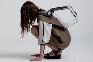 Геометричные платья и прозрачные сумки Ksenia Gerts