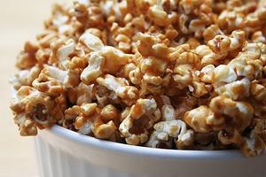 Хрустящий и маслянистый  попкорн