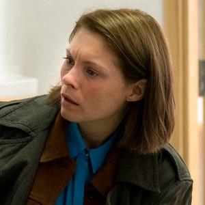 Беременность как главная интрига полицейского сериала «В темноте»