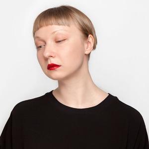 Журналистка Анна Чесова о тридцатилетии и любимой косметике
