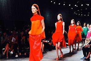 Главные показы  последних дней  Paris Fashion Week