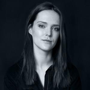 Актриса Александра Черкасова-Служитель о любимых книгах