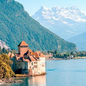 Адронный коллайдер, вечеринки и горы: Как я переехала в Швейцарию