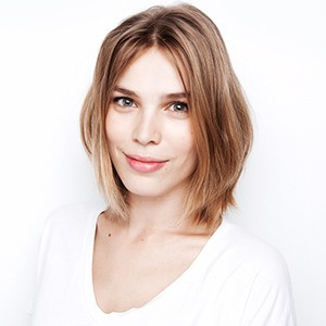 Анастасия Соломатина  о студии let's nail Moscow  и любимой косметике