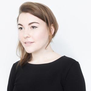 Дизайнер одежды  Нелли Недре  о любимой косметике
