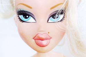 С кукол Bratz смыли агрессивный макияж