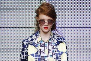 Неделя моды в Лондоне: Показы Issa, Holly Fulton, House of Holland, John Rocha и Moschino
