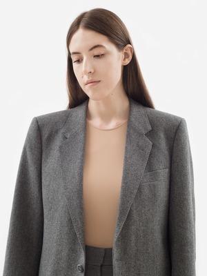 Редактор моды Numéro Соня Гома о любимых нарядах