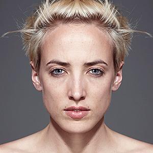 «Симметричные портреты»:  Два человека в одном