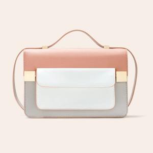 10 лаконичных сумок  на тонком ремешке