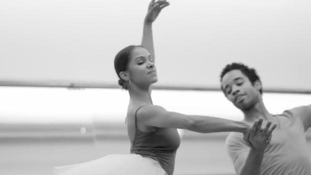 Чернокожие балерины фото, прижал к кроватке и трахнул