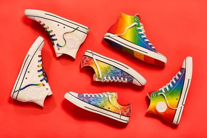 Nike и Converse представили коллекции  в поддержку ЛГБТ. Изображение № 3.
