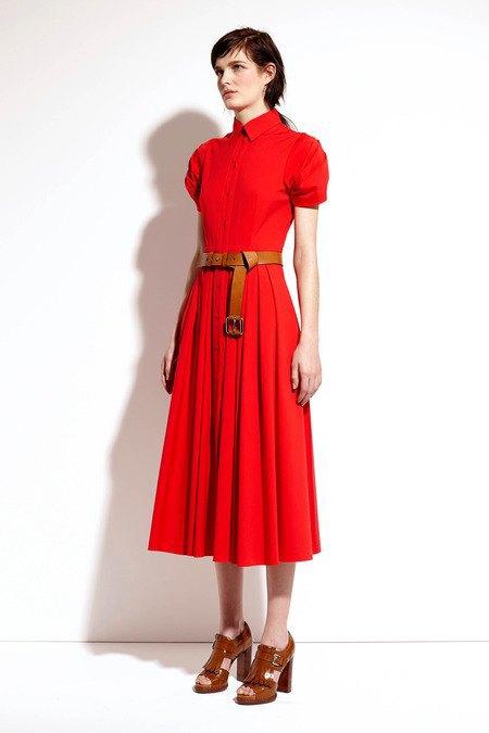 Пальто и костюмы в лукбуке новой коллекции Michael Kors. Изображение № 24.
