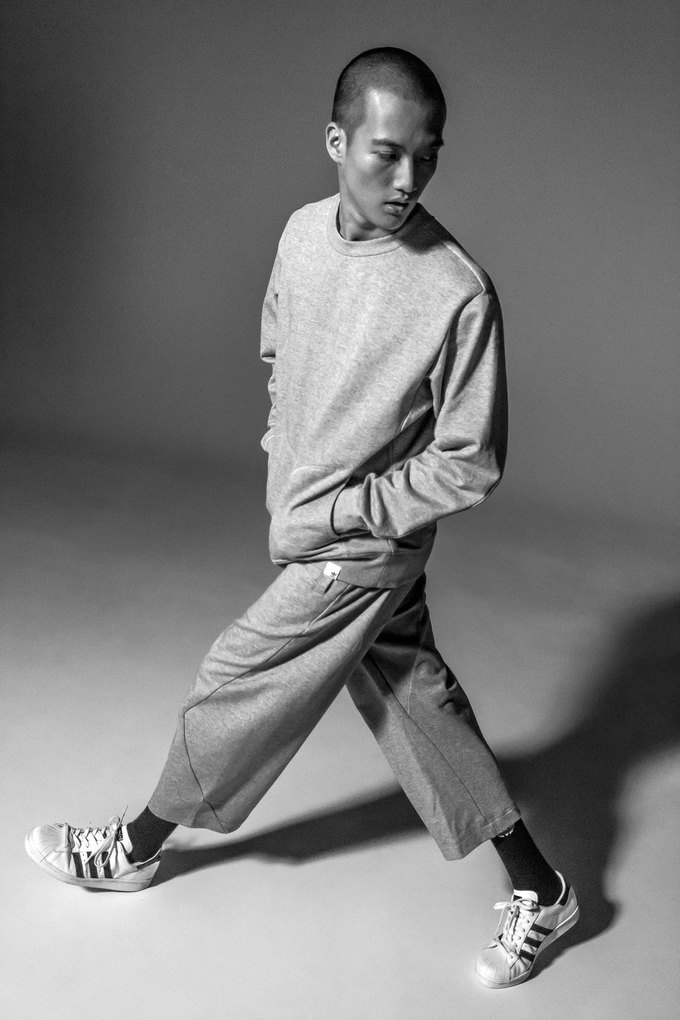 adidas представили минималистичную коллекцию XBYO. Изображение № 3.