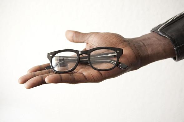 Гардероб: Виктор Амечи Мэнди, креативный директор Designersymposium.com. Изображение № 23.