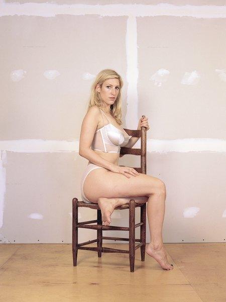 Марка белья Lonely выпустила новую бодипозитивную кампанию. Изображение № 7.