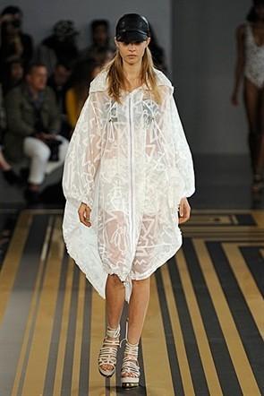 London Fashion Week: Topshop Unique, Acne и Marios Shwab. Изображение № 9.