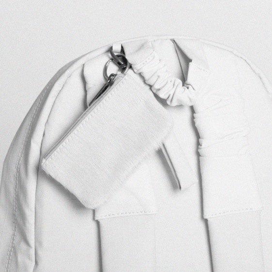 Никомеде Талавера, дизайнер,  одевающий парней в платья. Изображение № 2.