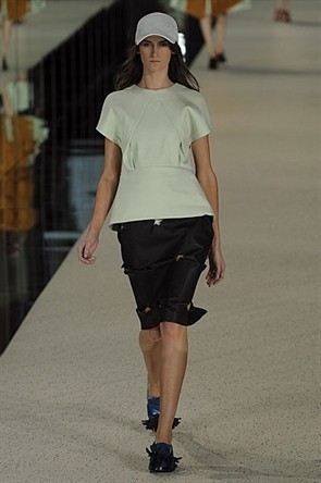 London Fashion Week: Topshop Unique, Acne и Marios Shwab. Изображение № 28.