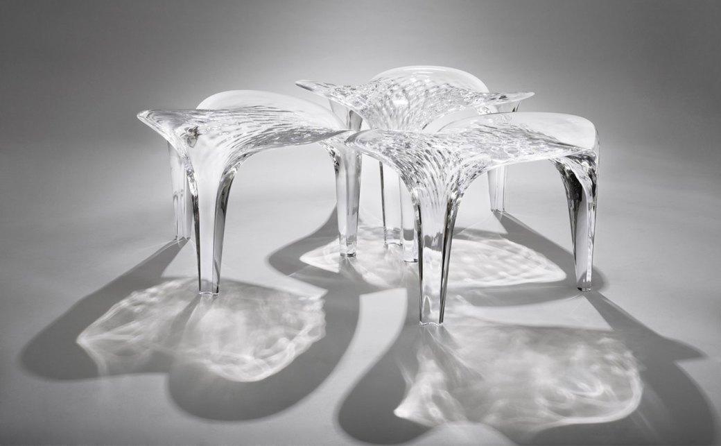 Коллекция «ледяной» мебели Захи Хадид. Изображение № 1.