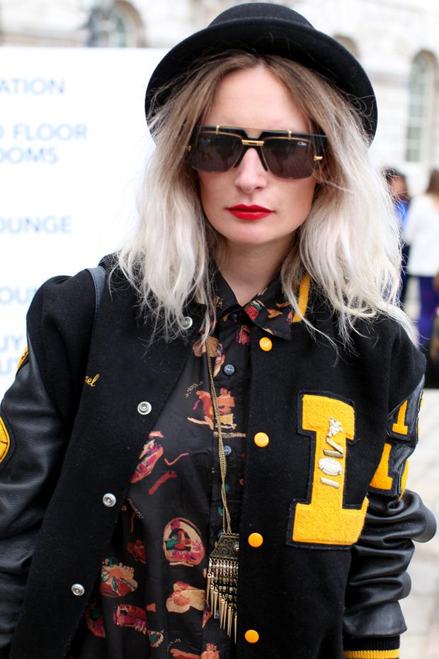 Streetstyle: Неделя моды в Лондоне, часть 1. Изображение № 21.