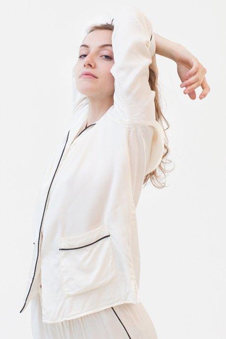 Ведущий дизайнер и пилотесса Маша Мелкосьянц о любимых нарядах. Изображение № 31.
