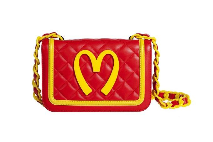 Коллекция Moschino о McDonald's поступает в продажу. Изображение № 3.