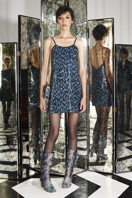 Две крайности: Как мода взяла курс на заурядность и вульгарность. Изображение № 11.