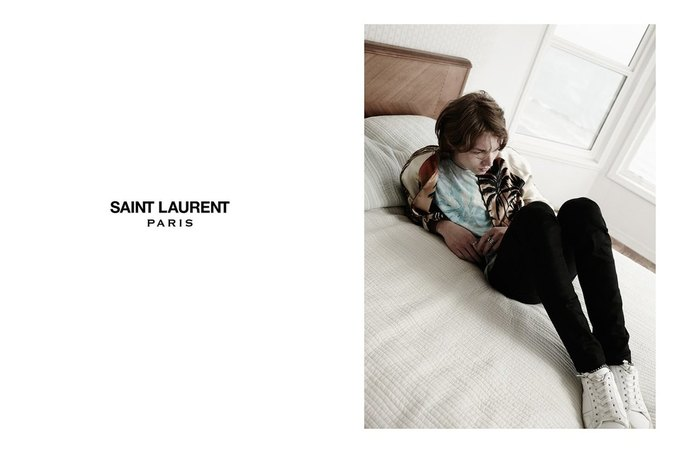 Звезда «Любви» Гаспара Ноэ и сын Килмера снялись в рекламе Saint Laurent. Изображение № 24.
