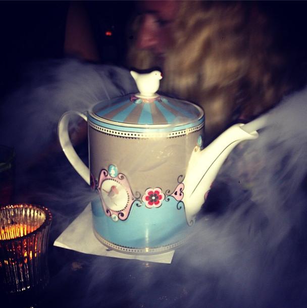 Это чай с афтепати показа Erdem. Нет, правда @noelstewart . Изображение № 19.