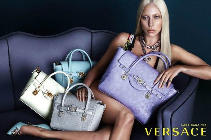Кампания Versace с Леди Гагой до фотошопа. Изображение № 1.