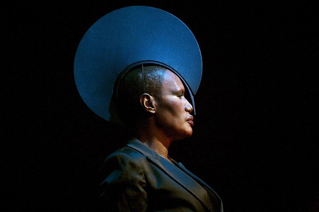Инопланетная воительница: Грейс Джонс — пугающая  и великолепная. Изображение № 3.
