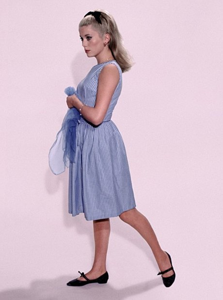 Катрин Денев, актриса и синоним французского стиля. Изображение № 6.
