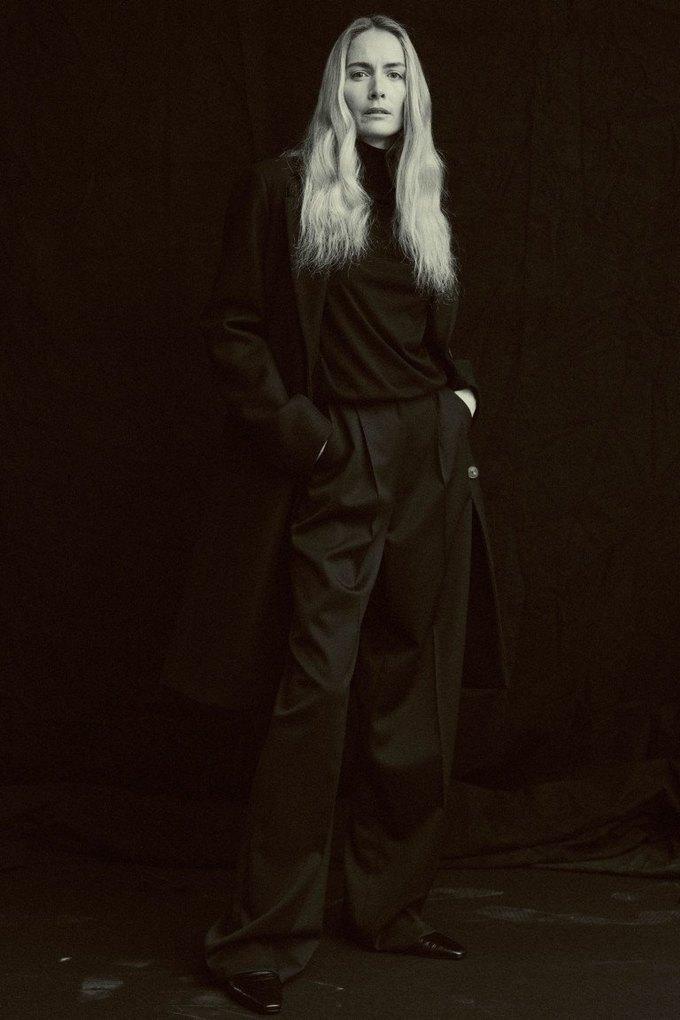 The Row показали лукбук  c 42-летней Джорджиной Гренвилл. Изображение № 10.