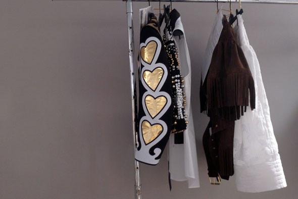 Milan Fashion Week: Репортаж с бэкстейджей Max Mara и Moschino. Изображение № 23.