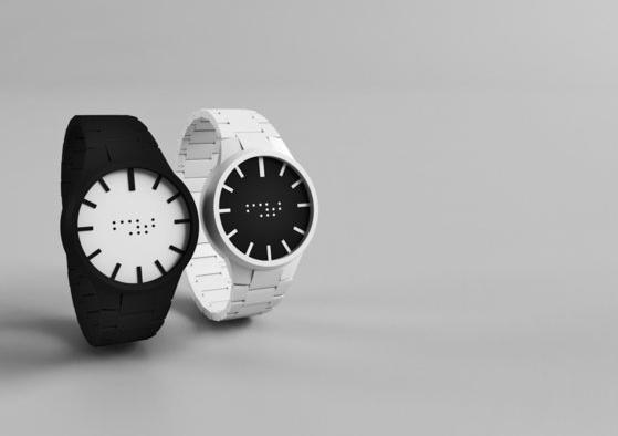 На Planeta.ru собирают деньги на производство часов для незрячих людей. Изображение № 1.
