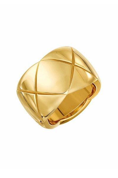 Ювелирные изделия Chanel будут продаваться  на Net-A-Porter. Изображение № 5.