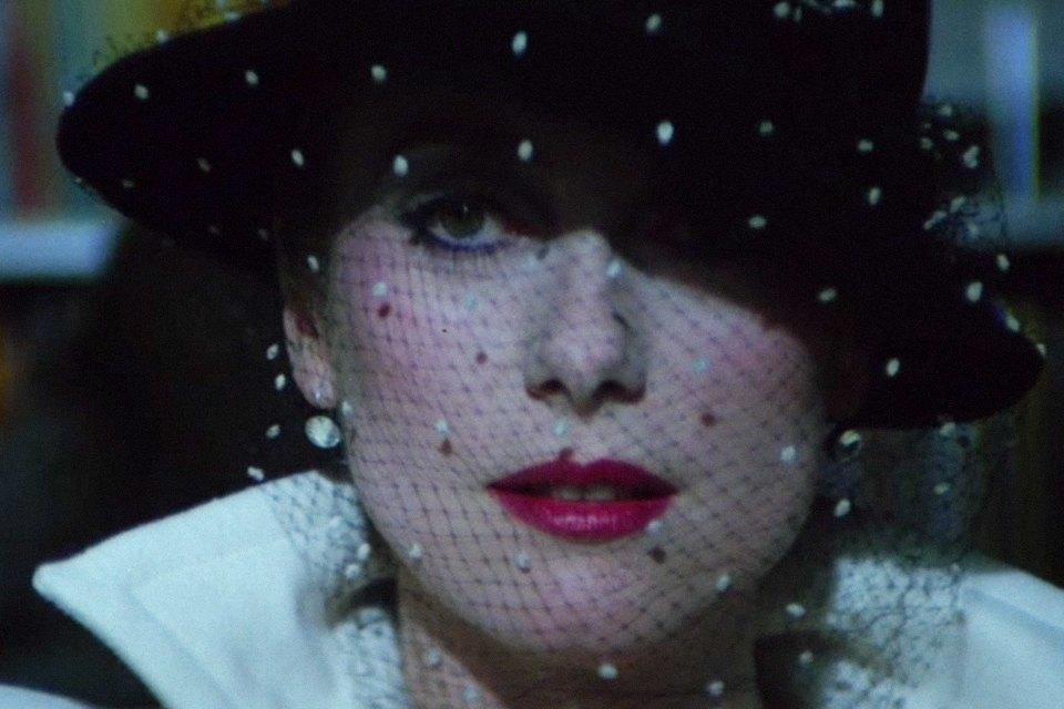 Вампирский нуар «Голод»: Гид по готике и моде 80-х. Изображение № 26.
