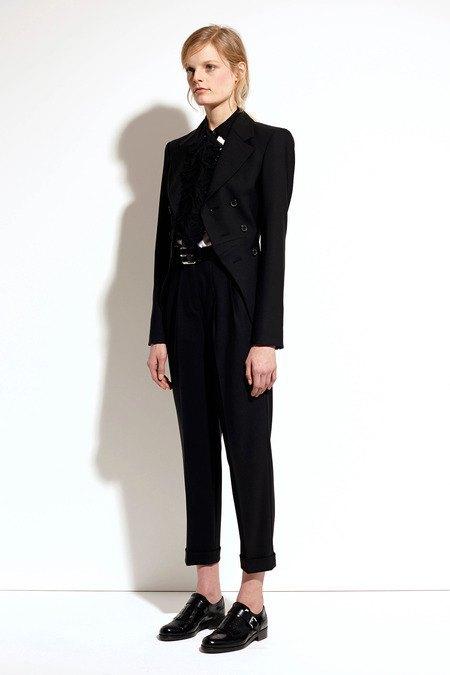 Пальто и костюмы в лукбуке новой коллекции Michael Kors. Изображение № 11.