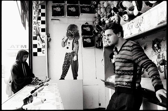 Вайнона Райдер и Майкл Питт снялись в мини-фильмах Rag & Bone. Изображение № 12.