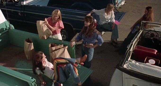 Что можно узнать о стиле 70-х из фильма «Под кайфом и в смятении». Изображение № 9.
