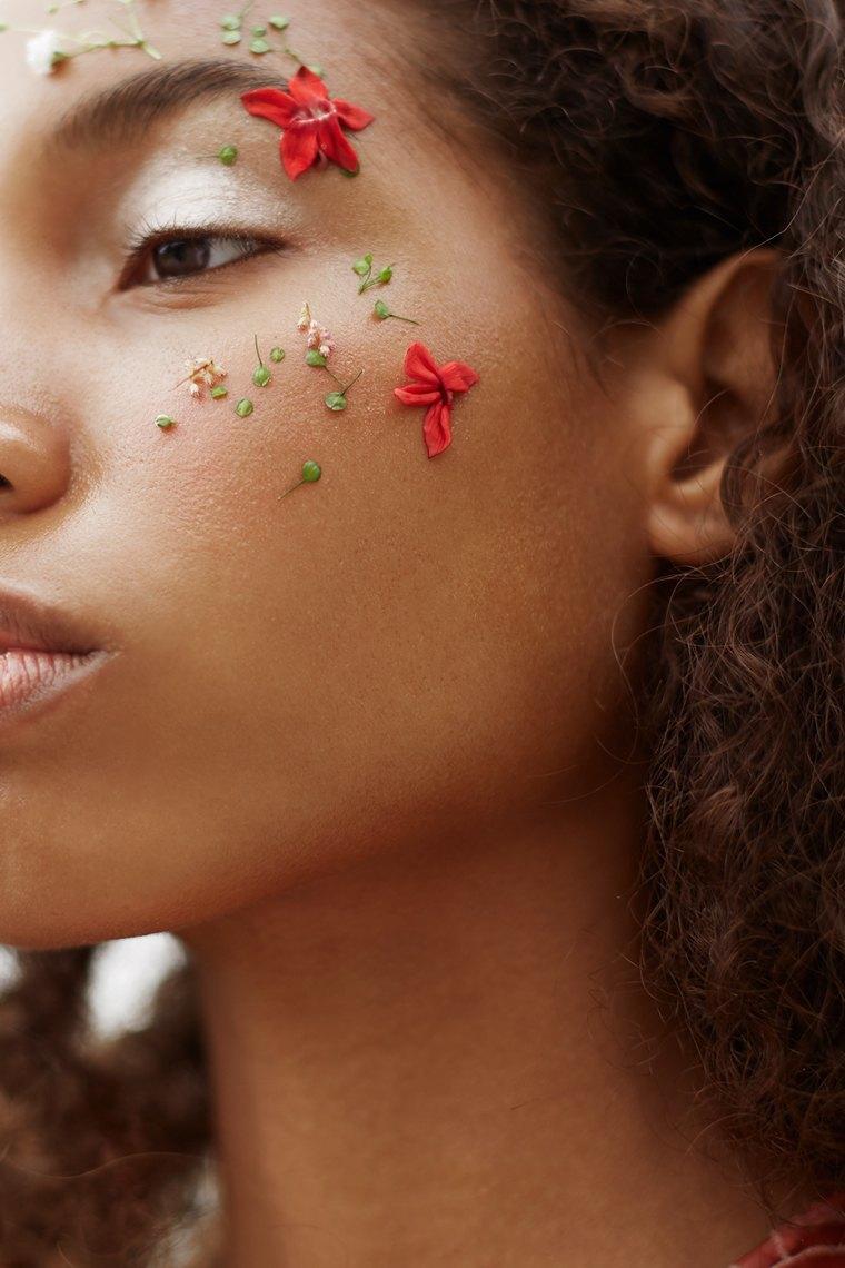 6 модных макияжей  для летних вечеринок. Изображение № 3.