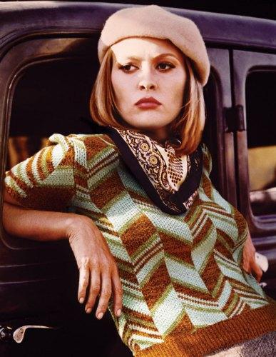 Фэй Данауэй в «Бонни и Клайде». На ней свитер Miu Miu. Изображение № 18.
