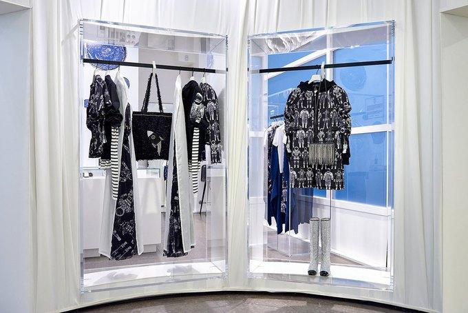 Chanel открыли временное пространство в Colette. Изображение № 5.