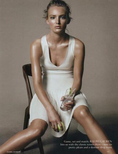 Съемка из британского Vogue, февраль 2012 . Изображение № 51.