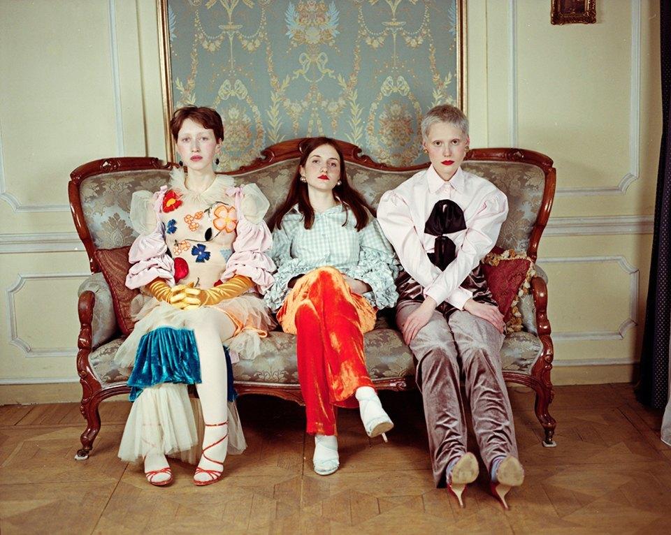 Съёмка Юлдус Бахтиозиной для Naya Rea по мотивам пьесы «Три сестры». Изображение № 1.