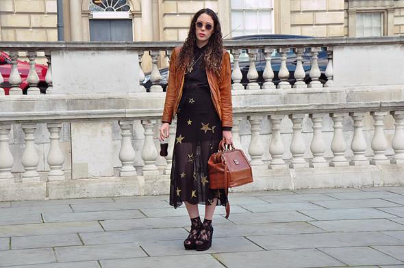 London Fashion Week: Уличный стиль, часть 3. Изображение № 13.